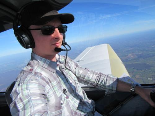 Le pilote aux commandes