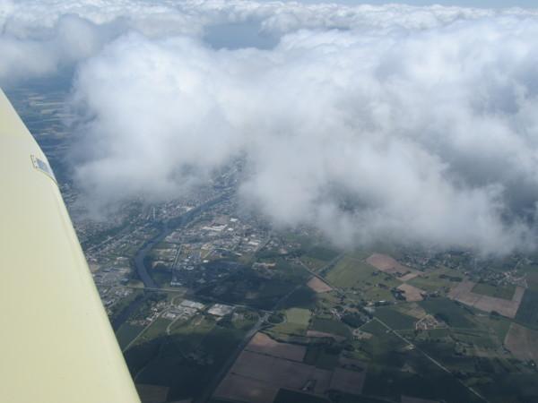 Châtellerault à travers les nuages