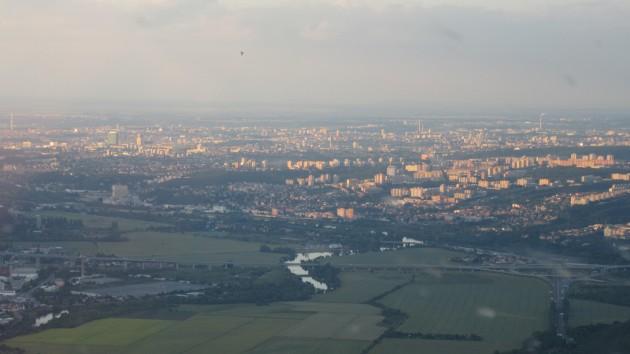 Prague le soir à l'arrivée