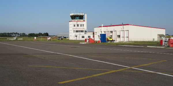 La Tour de l'aéroport de Calais