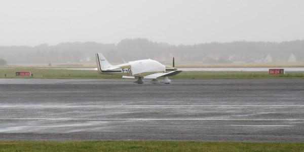 F-GAON sous la pluie à Calais