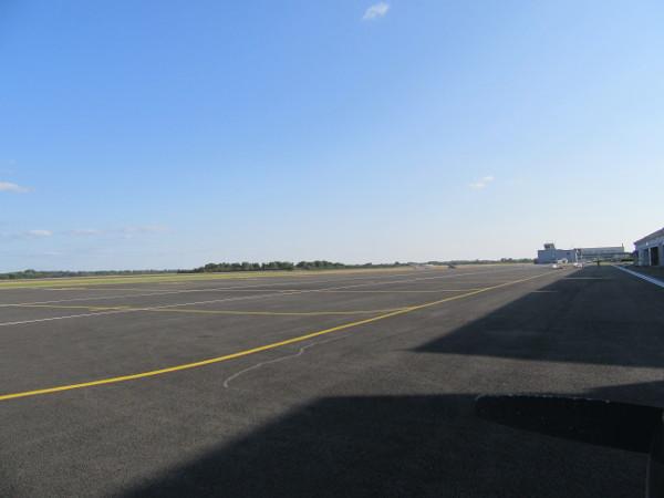 Aérodrome d'Orléans sous un soleil magnifique
