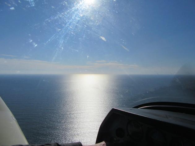 La mer et le soleil au décollage de Jersey
